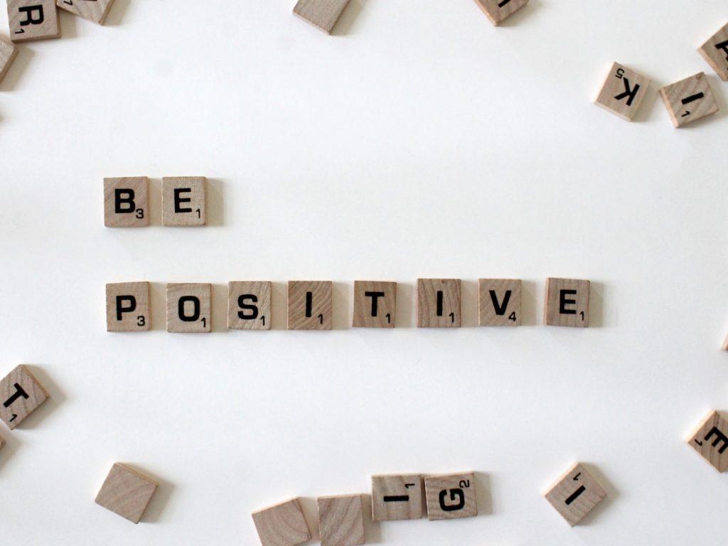 Renunțarea la gândurile și emoțiile negative